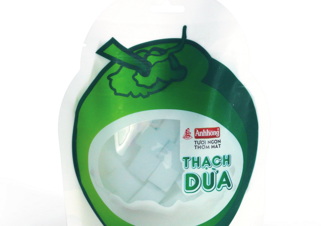 Thạch dừa Ánh Hồng là sản phẩm giải nhiệt tốt, cực kỳ thích hợp để dùng vào những ngày nóng bức.